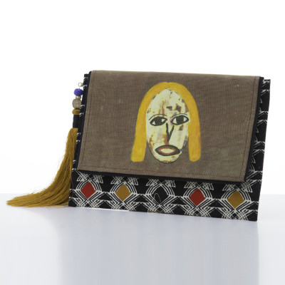Anago clutch bag: Blonde Girl