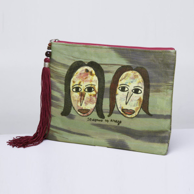 Clutch bag Sisters