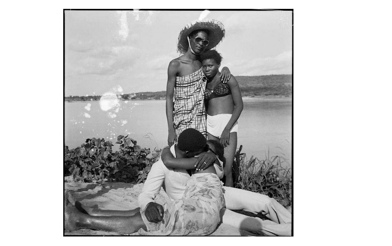 Malick Sidibe, Les retrouvailles au bord du fleuve Niger, 1974