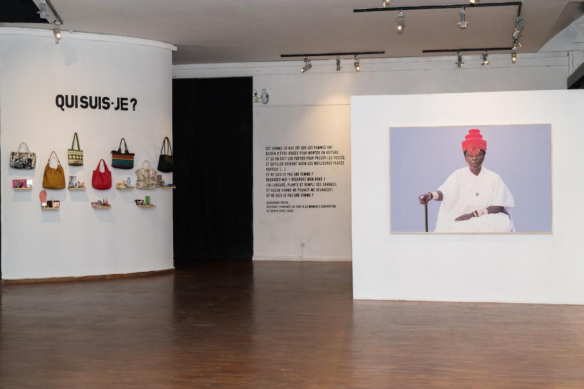 Exhibition Souv-eine, Installed view