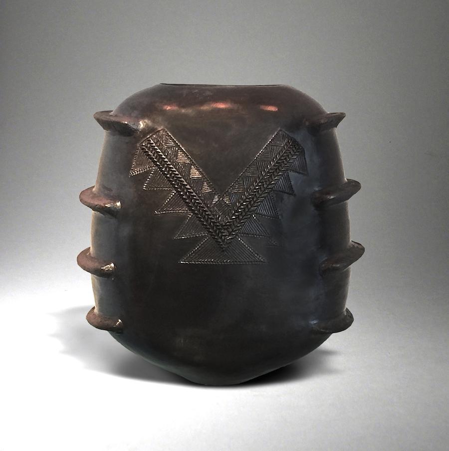 ukhamba-vase-by-jabu-nala-2016-hand-coiled-earthenware